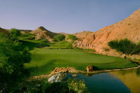Wolf Creek Golf Club No 8 Mesquite, NV.